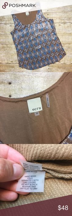{ Ecru } Medium Sequin Geometric Tank Top Gently used can be mistaken as new. Measurements armpit to armpit 17.5 inches shirt length 25.5 inches. Can be worn in the office with a nice blazer or can be worn in a causal dinner / date. ecru Tops Tank Tops
