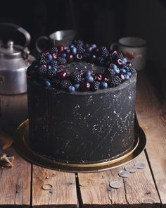 For heaven's cake: irresistible cakes for all occasions Good foods – makeup - Cupcakes Food Cakes, Cupcake Cakes, Fruit Cakes, Pretty Cakes, Beautiful Cakes, Amazing Cakes, Easy Cookie Recipes, Cake Recipes, Dessert Recipes