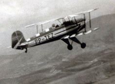 Bucker-Nilson voando sobre a mantiqueira