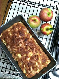 Mostly Food and Crafts: Apple Cinnamon Bread