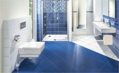Koupelnová stěna v azurové barvě zbystří vaše smysly! Bathtub, Bathroom, Standing Bath, Washroom, Bathtubs, Bath Tube, Full Bath, Bath, Bathrooms