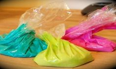 Ne dépensez plus jamais un rond en peinture pour les enfants: Vous pouvez faire la vôtre avec 4 ingrédients maison