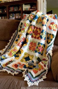 how to make a double folded blanket edge ? the blanket Crochet blanket Beautiful crochet blanket! Crochet blanket - a quieter storm Crochet Afghans, Crochet Quilt, Crochet Squares, Crochet Granny, Crochet Motif, Crochet Designs, Knit Crochet, Granny Squares, Crochet Blankets