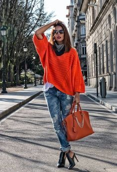 RORESS closet ideas fashion outfit style apparel Orange Jumper Outfit with Ripped Jeans Jumper Outfit, Outfit Jeans, Rosa Pullover Outfit, Outfits Casual, Fall Fashion Outfits, Sweater Fashion, Jeans Fashion, Comfortable Outfits, Fashion Ideas