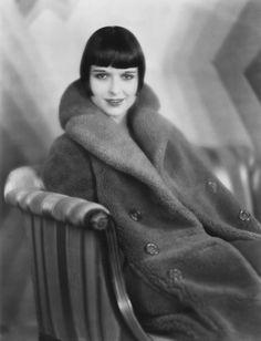 Louise Brooks portrait by Eugene Richee, 1920's.
