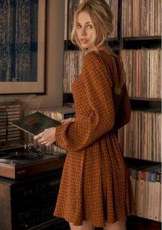 70s Inspired Fashion, 70s Fashion, Look Fashion, Autumn Fashion, Fashion Dresses, Vintage Fall Fashion, Hippie Fashion, 70s Inspired Outfits, Club Fashion
