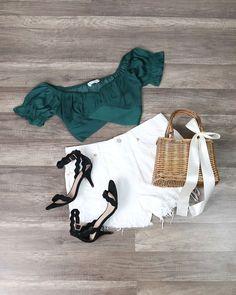 "shophearts.com (usa) on Instagram: ""Lightning strikes every time she moves ⚡️ . . . . . . #fashionlivesonootd #fashion_land #fashionfly #fashifeen #lefashiondiaries…"""