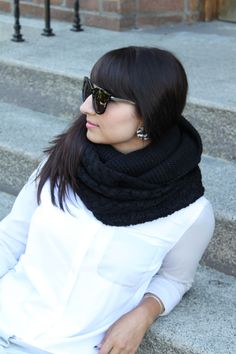 Super cozy black knit infinity scarf $36