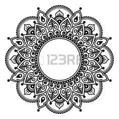 mandala: Mehndi lace, Indian Henna tattoo round design or pattern Dreieckiges Tattoos, Trendy Tattoos, Popular Tattoos, Tattoos For Guys, Mehndi Art, Henna Art, Mehendi, Dotwork Tattoo Mandala, Cuff Tattoo