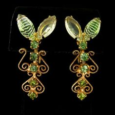 Vintage Green Crystal and Heart Shaped Scrollwork Design Earrings from Vintage Jewelry Girl! #vintageearrings #vintagejewelry #juliana