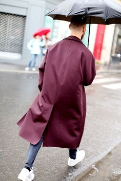 'Oversized' Coat in Marsala, the color of the year