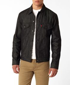 Levi's Standard Fit Trucker Jacket, like it but can I pull it off Best Clothing Brands, Clothing Ideas, Dress Code Casual, Rolled Up Jeans, Dress Codes, Timeless Fashion, Winter Jackets, Men Casual, Menswear