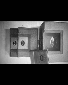 "1,172 Suka, 1 Komentar - Handmade Album & Custom Box (@kasmaran.id) di Instagram: "". . . #love #alhamdulillaah #weddingalbum #weddingbox #weddingindonesia #preweddingindonesia…"""