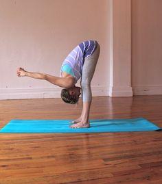 Evita el dolor en cervicales y espalda con estas fáciles poses de Yoga