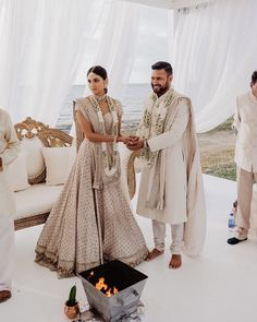 """Yet another Sabyasachi bride who donned minimal look to perfection! indian wedding Real Brides in Lightweight Bridal Outfits prove """"Less is More"""" Royal Wedding Outfits, Indian Bridal Outfits, Indian Bridal Wear, Indian Dresses, Bridal Dresses, Indian Wear, Indian White Wedding Dress, Indian Beach Wedding, Royal Indian Wedding"""