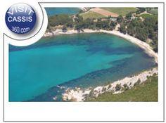 www.ot-cassis.com/fr/les-plages.html Provence, Outdoor Decor, Home Decor, Beaches, The Sea, Decoration Home, Room Decor, Provence France, Interior Decorating
