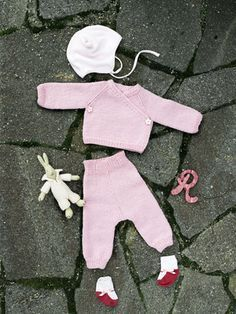 Vauvan neulottu nuttu ja housut Novita Wool | Novita knits