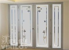 Vinilos Adhesivos Puertas y Ventanas de cristal Glass Pantry Door, Glass Barn Doors, Glass Front Door, Glass Shower Doors, Frosted Glass Design, Frosted Glass Window, Etched Glass Door, Glass Block Crafts, Vinyl Doors