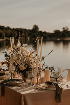 Elegant french riverside wedding decor photographed by Luxury Jewelry, Custom Jewelry, Timeline Design, Wedding Decorations, Table Decorations, Rings For Her, Elegant Wedding, Wedding Table, Custom Design