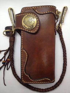 Artículos similares a Handmade Genuine Brown with Braided leather brass biker bifold ponk rock en Etsy Leather Wallet Pattern, Handmade Leather Wallet, Leather Keychain, Leather Pouch, Leather Purses, Leather Wallets, Biker Leather, Leather Men, Jean Purses