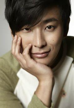 Khottie of the Week: Joo Ji Hoon Korean Male Actors, Asian Actors, Princess Hours, Drama Masks, Korean Drama Movies, Korean Dramas, Goong, Asian Eyes, Asian Celebrities