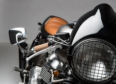 10e1caed53e6 The Son modelo triumph thruxton 900 realizada por Tamarit Motorcycles.  Tamarit hace proyectos para triumph bonneville