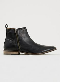 2a2abb73e41705  Latch Zip  Black Leather Ankle Boots