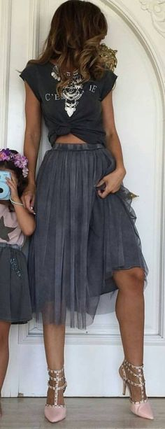 #spring #summer #street #style #outfitideas |Statement Necklace + Graphic Tee + Grey Pleats + Pink Heels