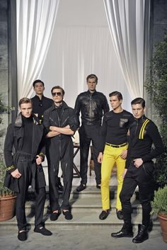 Ralph Lauren Purple Label Men's RTW Spring 2016 [Photo: Andrea Delbò]