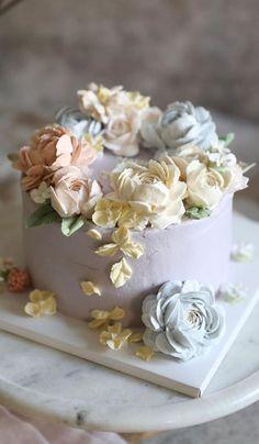 Buttercream Cake Designs, Buttercream Cake Decorating, Cake Decorating Designs, Buttercream Flower Cake, Cake Decorating Techniques, Buttercream Flowers Tutorial, Birthday Cake With Flowers, Beautiful Birthday Cakes, Gorgeous Cakes