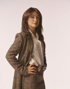 """Season 1 promo pic of Sasha Alexander as Agent Caitlin """"Kate"""" Todd from the first two seasons of NCIS Alexander Sasha, Sascha Alexander, Caitlin Todd, Kate Todd, Serie Ncis, Ncis Tv Series, Mark Harmon, Angie Harmon, Lauren Holly"""