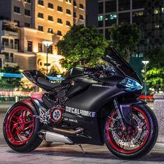 Untitled — 899 Panigale | @Decal4Bike @DucatiGram •...