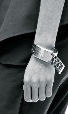 Acne Studios at Paris Fashion Week Spring 2015 - Details Runway Photos Jewelry Box, Jewelery, Bangle Bracelets, Bangles, Fashion Accessories, Fashion Jewelry, Swedish Fashion, Cartier Love Bracelet, Acne Studios