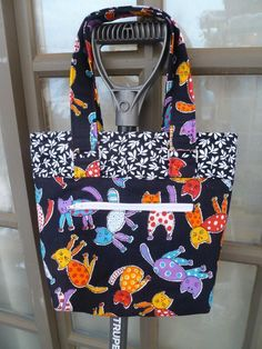 Looking for sewing project inspiration? Check out The Lucy Tote Bag by member lynnenew.