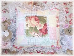 **GARDEN PATCHWORK PILLOW....I LOVE THIS PILLOW...I WANT ONE!!**  Google Image Result for http://www.prestoimages.com/store30/rd499/499_pd8536_2.jpg