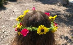 All Natural Crafts and Activities for Kids - The Pistachio Project Flower Crown Tutorial, Diy Flower Crown, Diy Crown, Kids Craft Supplies, Craft Activities For Kids, Plastic Flowers, Real Flowers, Edible Finger Paints, Vinegar Hair Rinse