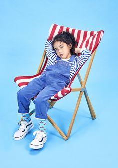 Kids Fashion Photography, Children Photography, Pose Reference Photo, Kid Poses, Stylish Kids, Kid Styles, Child Models, 50 Style, Kids Wear