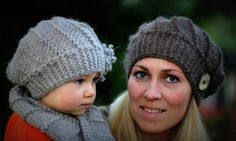 Definitely need the pattern for these hats! Get the supplies and instructions to make this for cheap from Craftsy!