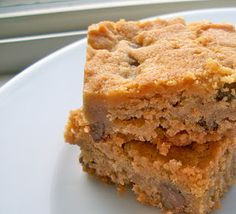 Brooke Bakes : Gluten-free Peanut Butter Chocolate Chip Cookie Bars