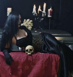 Goth Beauty, Dark Beauty, Gothic Steampunk, Victorian Gothic, Dark Gothic, Gothic Art, Dark Fashion, Gothic Fashion, Gothic Pictures