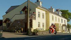 That's A Man's Corner【HD】SpecTTacular . . 320kph/200mph 'Isle of Man' TT on Vimeo