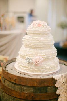 ruffled wedding cake // photo by Sandy Tam // http://ruffledblog.com/ontario-vintage-handmade-wedding