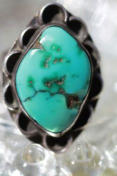 VINTAGE 1930's NAVAJO WROUGHT 925 STERLING SILVER & NATURAL AMERICAN TURQUOISE RING