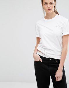 Image 1 Nike T shirt boyfriend avec logo virgule brodé