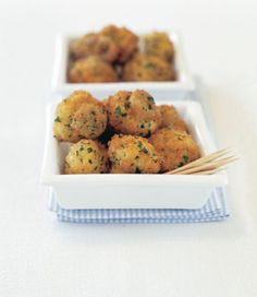 Looking for some more Super Bowl mushroom recipes? Mushroom Recipes, Healthy Recipes, Healthy Foods, Allrecipes, Side Dishes, Stuffed Mushrooms, Muffin, Food And Drink, Appetizers