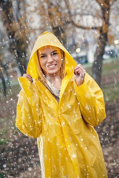 Vinyl Raincoat, Pvc Raincoat, Plastic Raincoat, Yellow Raincoat, Rain Bonnet, Rainy Day Fashion, Rain Pants, Hooded Cloak, Walking In The Rain