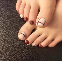27 Adorable Easy Toe Nail Designs 2020 – Simple Toenail Art Designs : Page 19 of 25 : Creative Vision Design – Nail Art Ideas 2020 Toe Nail Designs For Fall, Toenail Art Designs, Pedicure Designs, Pedicure Nail Art, Simple Toe Nails, Pretty Toe Nails, Cute Toe Nails, Summer Toe Nails, Toe Nail Art