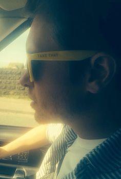 150412 @OfficialMarkO: Driving incognito!!!! Love M.O X