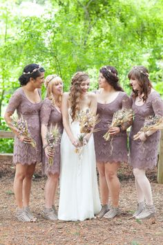 Check out those bridesmaids in neutral lace, the delicate flower crowns and those wheat bouquets!    hey, look. there's me and my bridesmaids.
