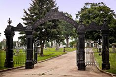 Elmwood Cemetery Gates, Sycamore, IL | places, people and things | Pi…